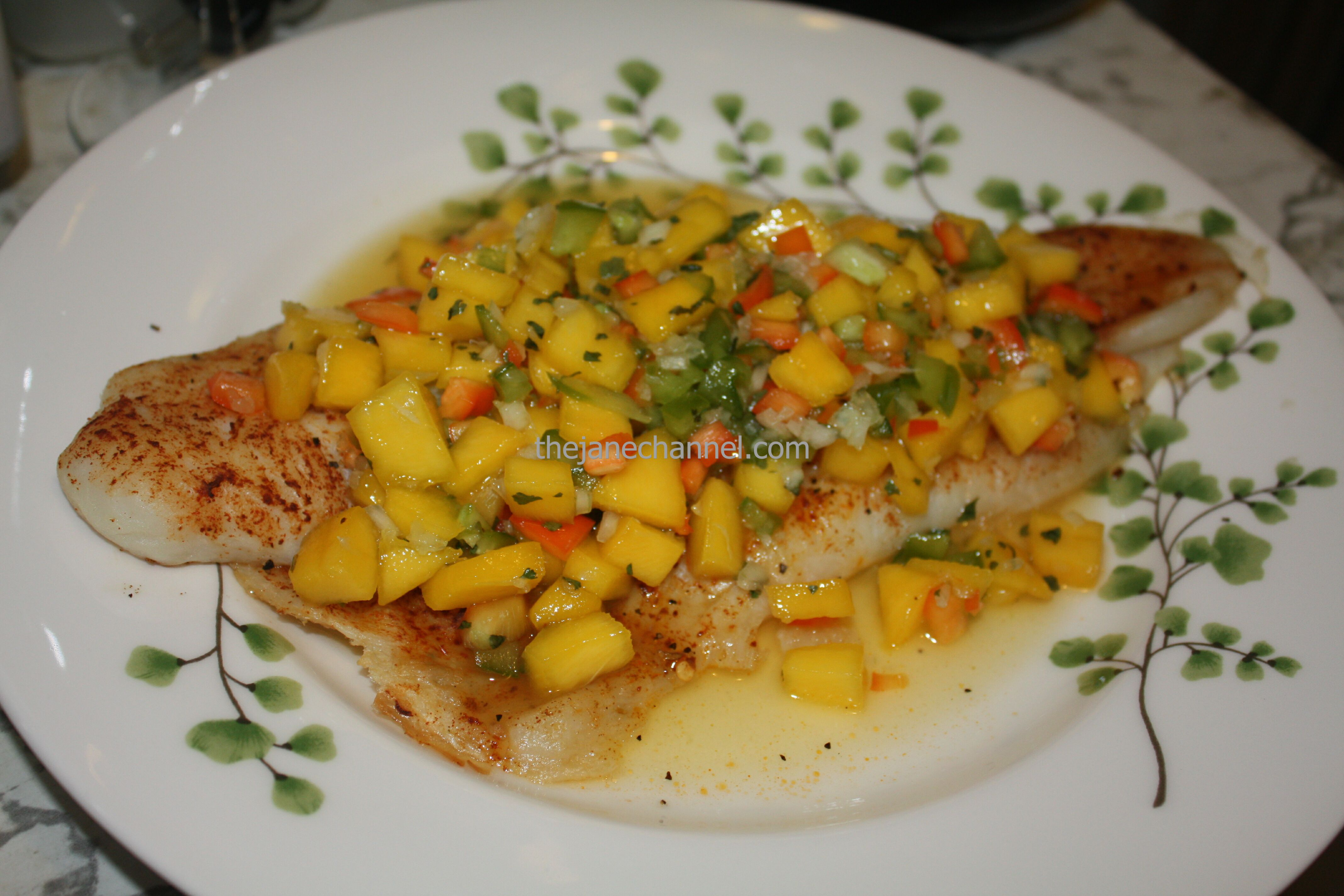 Baked grouper fillet with mango salsa thejanechannel for Grouper fish recipes